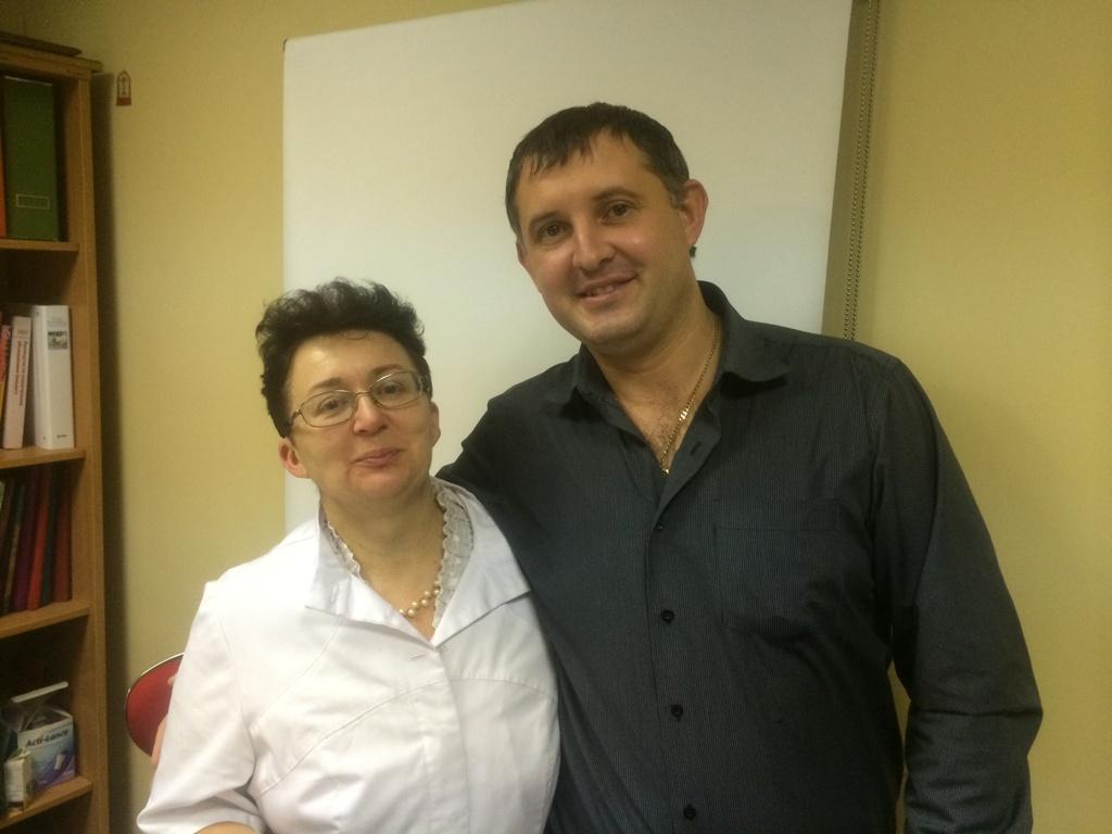 На обучении в Москве. Слева врач гематолог, гирудотерапевт Ольга Шишова, справа Мельников Александр
